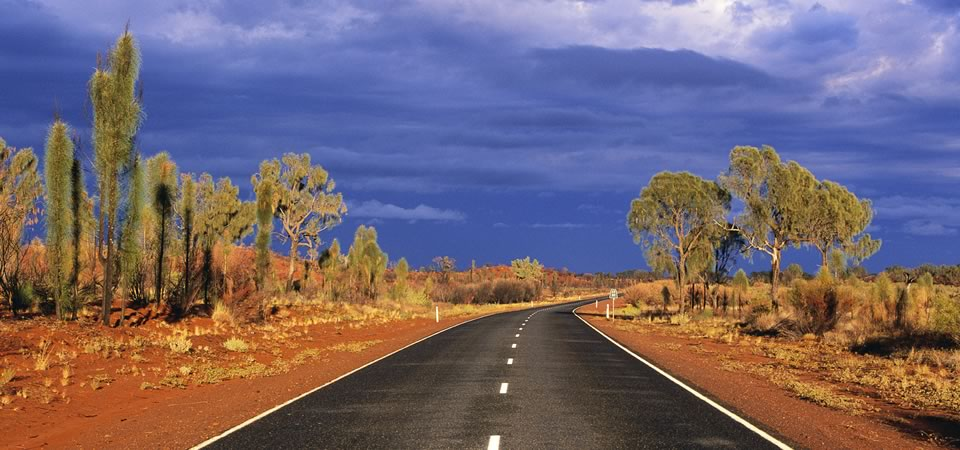 Lasseter-Highway-Northern-Territory-Australia
